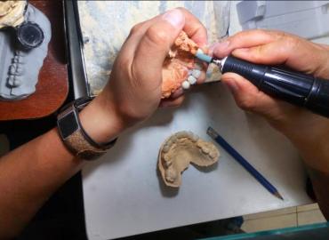 Eradental - laboratorio dental en Sangolquí